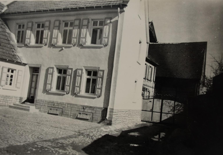 Weingut_Schmahl_Ilbesheim_Wein-Alte-Bilder9